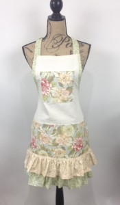 apron.green floral ties
